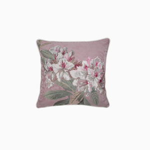 아델린 모브 쿠션  ADELINE EMBROIDERY MAUVE CUSHION